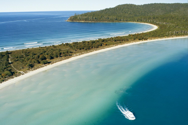 Maria Island Walk (Tourism Tasmania and Joe Shemesh)