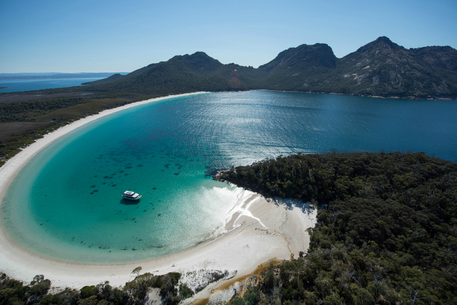 Wineglass Bay Cruises (Tourism Tas, Brendan Williams)