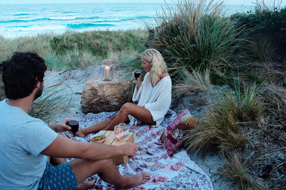A romantic picnic dinner by Elise Cook